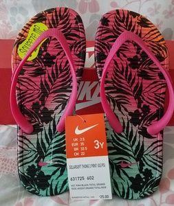 Nike Kids Slippers NWT